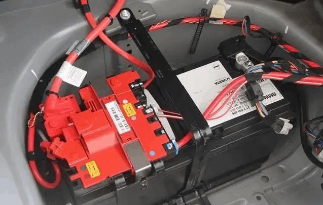 agm-start-stop-battery1